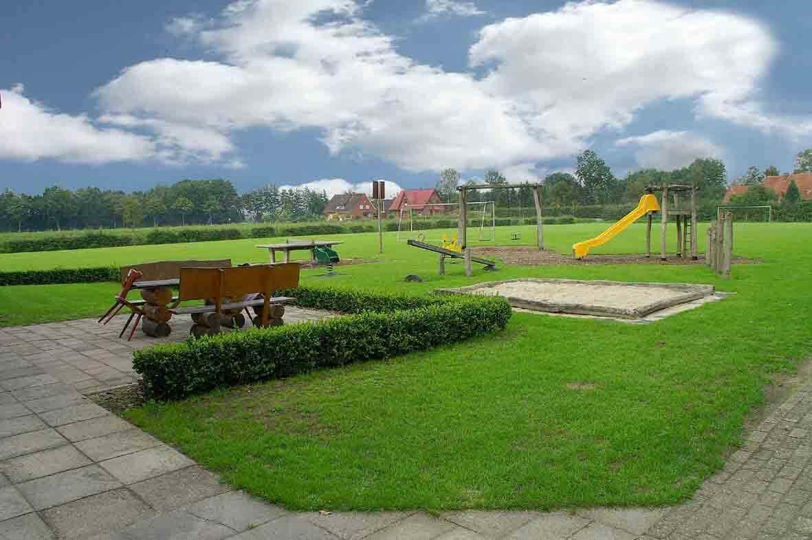 Spielplatz Dorfhaus